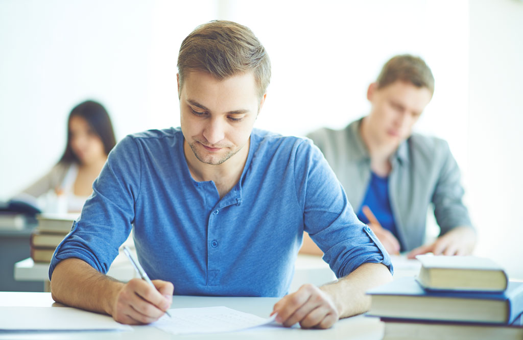 راه های موفقیت در امتحان را بشناسیم (نکته های کاربردی برای امتحان موفق)