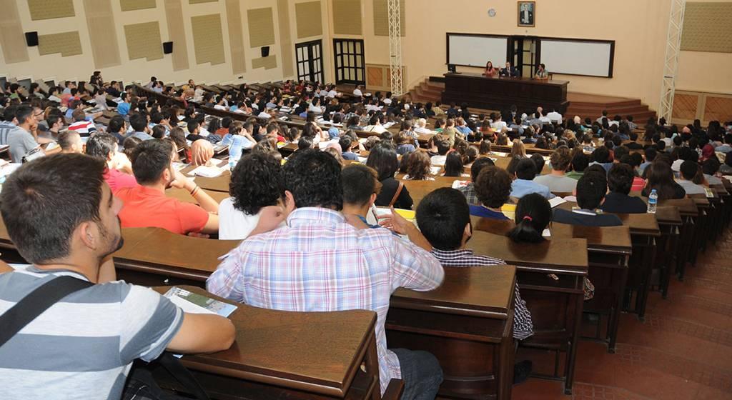کلاس درس دانشگاه دولتی ترکیه