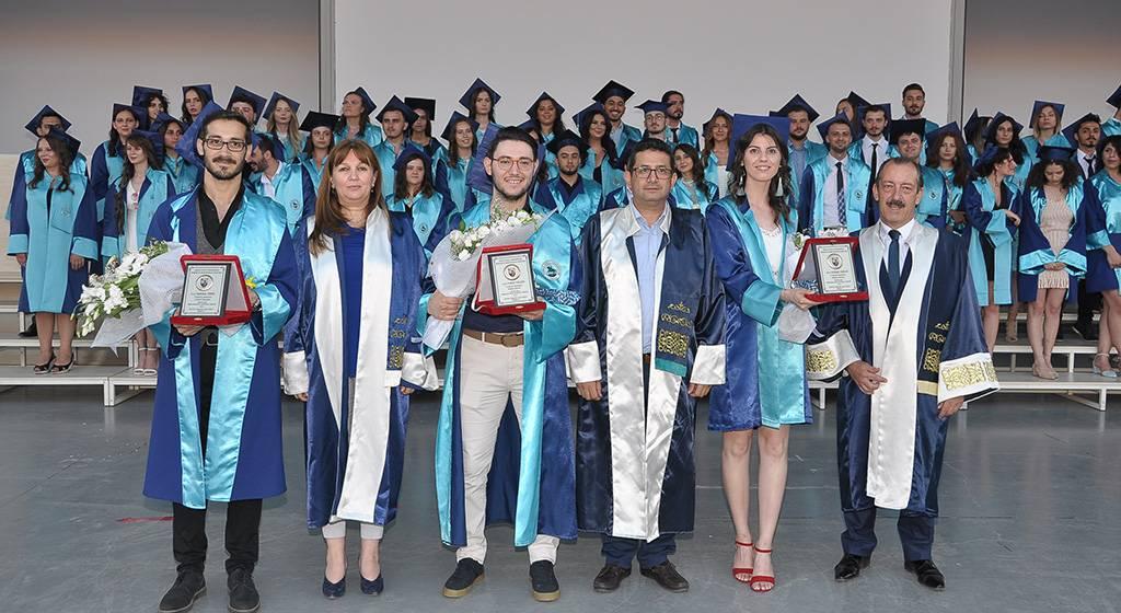 فارغ التحصیلان دانشگاه 9 ایلول ترکیه
