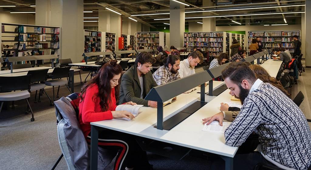 مدارک لازم برای ثبت نام در دانشگاه